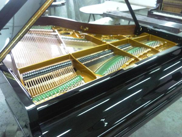 el-piano-en-las-ltimas-fases-de-su-restauracin